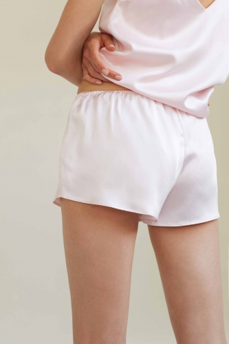 BY-DARIIADAY_25929_silk-shorts_pink4_web.jpg